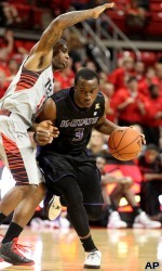 Wildcats Notch Road Win at Texas Tech