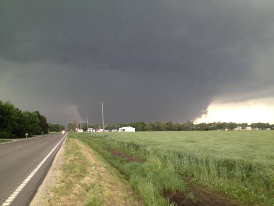 (Tornado west of Bennington May 28th 2013.)