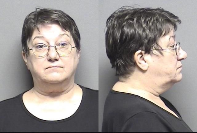 Name: Cahoon,Deborah June           Charges	: Domestic battery; Knowing rude physical contact w/ family member