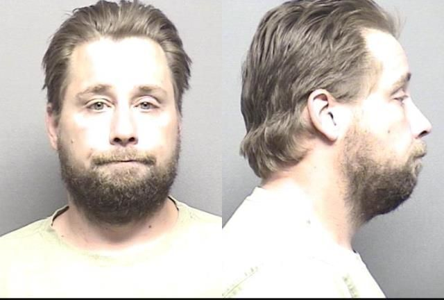 Name: Brown,Matthew Carl            Charges	: Domestic battery; Knowing rude physical contact w/ family member