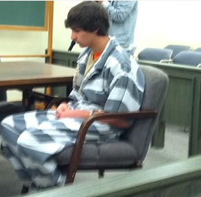 Hearing Monday for Kansas teen accused in death of mother, sister
