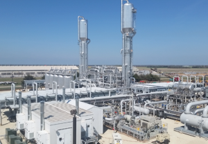 New natural gas extractions plant operating in Kansas
