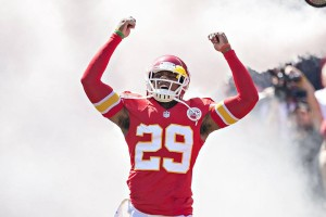Chiefs safety Eric Berry signs $10M deal, reports to training camp