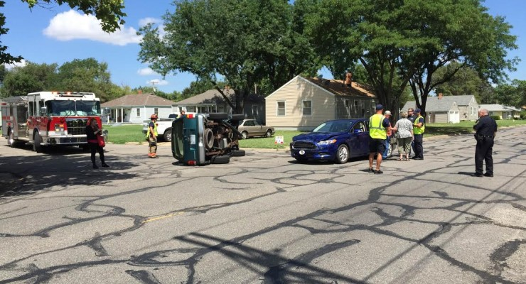 Accident at Roach and Claflin (Photo by Terry Tebrugge/Salina Post)