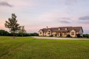 Home For Sale – 1456 K-18 Highway, Bennington