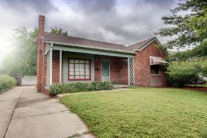 Home For Sale – 524 Brown Street