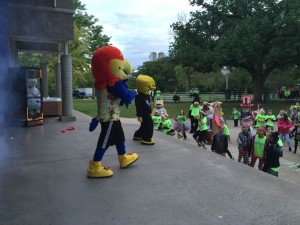 BBBS Glow In The Park Brings Out More Than 1,000 Runners and Walkers