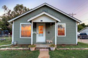 Home For Sale – 813 W. Prescott Avenue