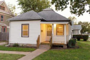 Home For Sale – 821 W. Walnut Street