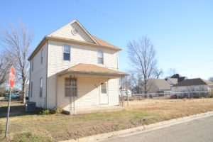 Spacious 2 Story Home – 233 Center St