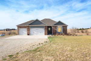 787 Annie Oakley Point, Salina