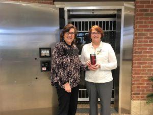 Kebby Underwood receives her BANK VI Hero of the Week Award