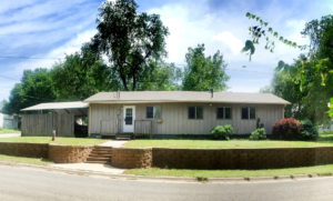 Move-In Ready and Priced To Sell – 624 N Rock Rd, Minneapolis