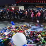 Fans pay tribute to Royals' pitcher Yordano Ventura