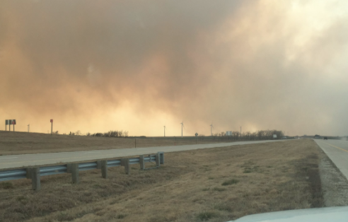 Reno County grass fire prompts Hutchinson evacuation