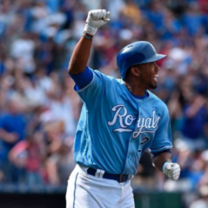 Royals get walk-off win to complete sweep of Angels