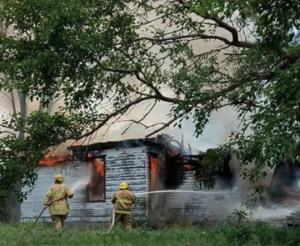 Fire destroys rural Kansas home