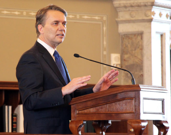 New Kansas governor prepares to give first big policy speech