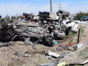 Sheriff: Kansas teen dies after crash with cement truck