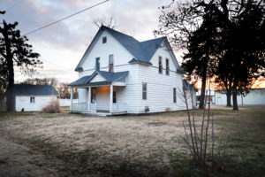 Spacious 2-Story Home – 105 S Swedonia, Marquette