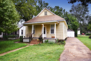 Great starter home  – 716 Gypsum Ave