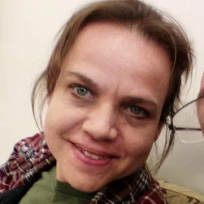 Julie Lynette Cott